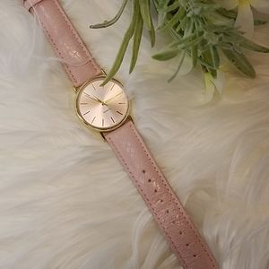 CHICO'S PINK LEATHER WATCH